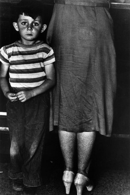 Gordon Parks, Mother and Child, Blind River, Ontario, 1955