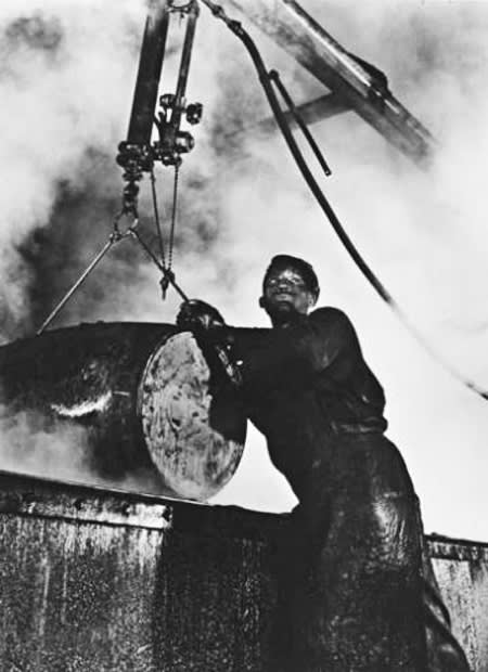 Gordon Parks, Grease Plant Worker, Pittsburgh, PA, 1944