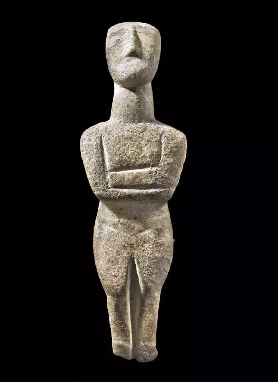 21. Idol with Ghosting Greek, Cycladic Period, ca. 2500 - 2400 B.C.