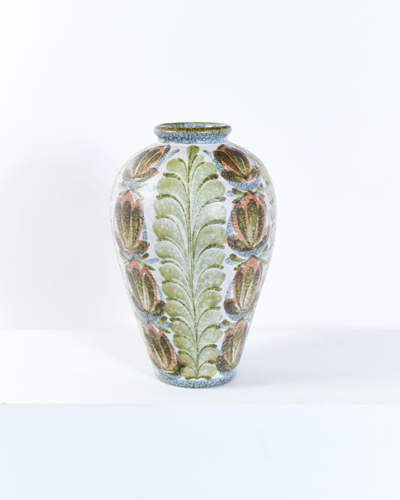 Glyn Colledge, Daffodil vase
