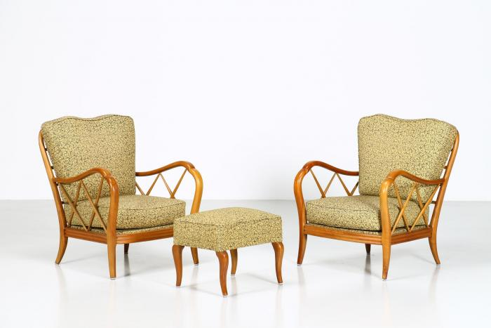 Paolo Buffa, Pair of armchairs and a pouf