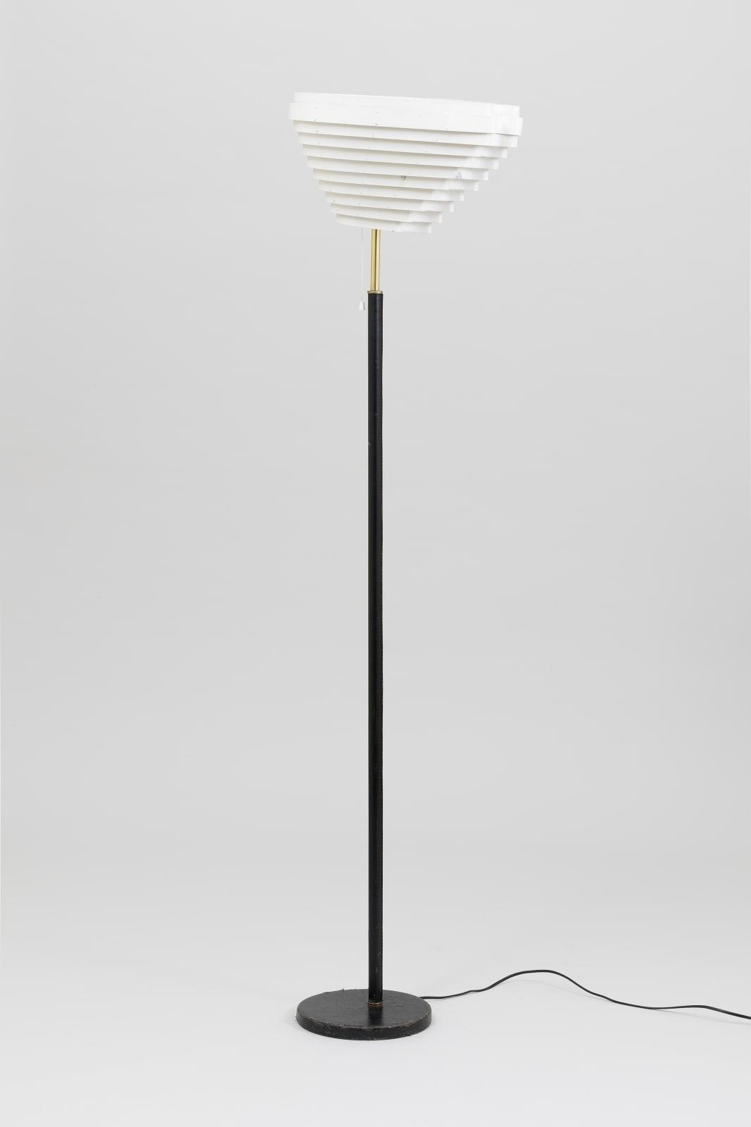 Alvar Aalto, Angel Wing lamp