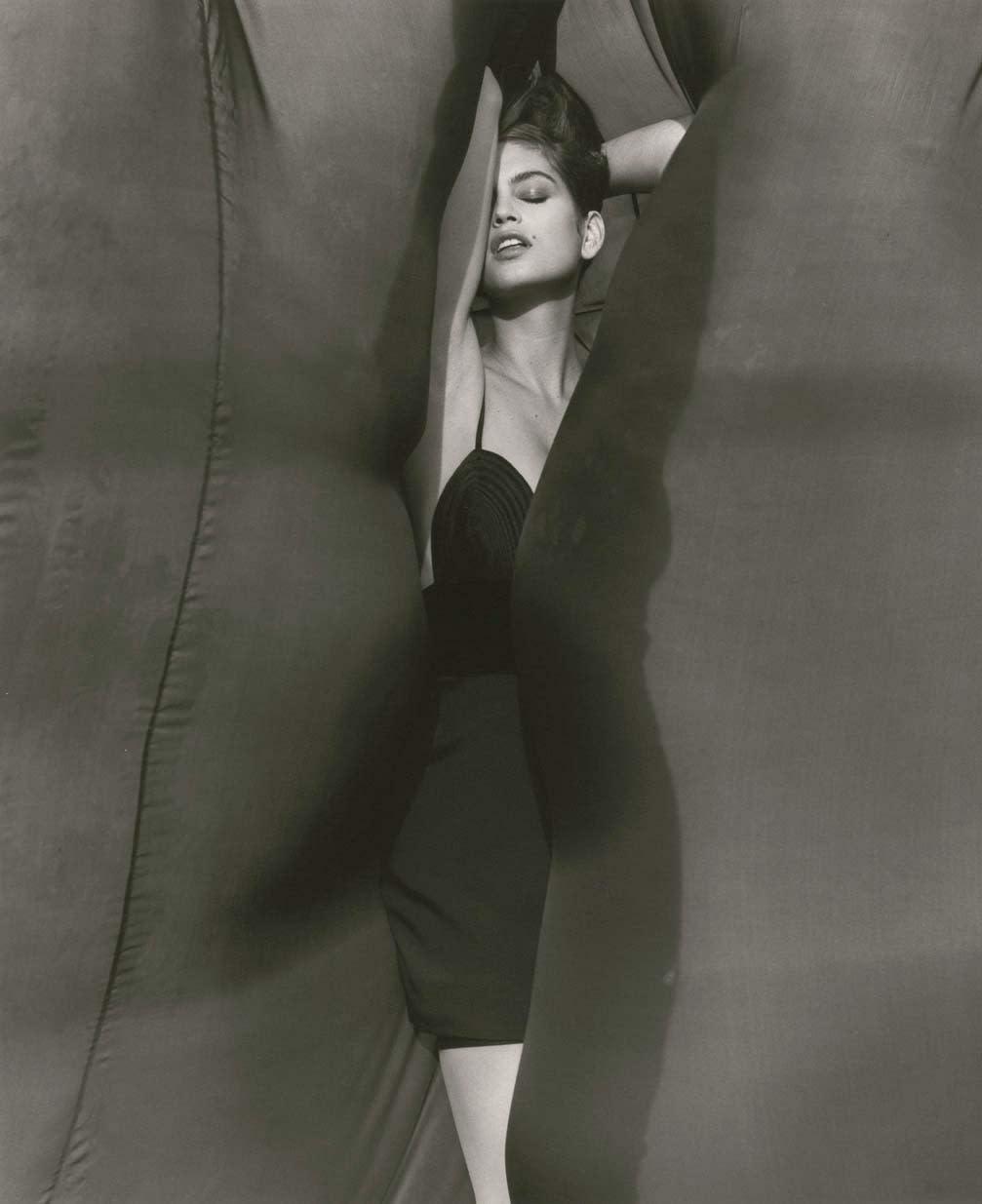 Herb Ritts, Cindy Crawford - Versace, El Mirage, 1990