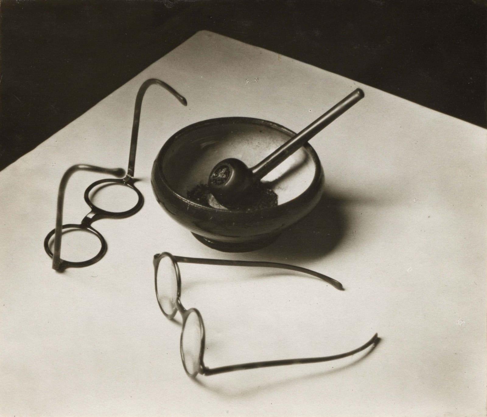 André Kertész, Mondrian's Glasses and Pipe, Paris, 1926
