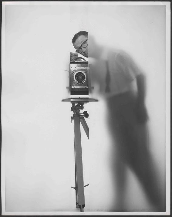 Erwin Blumenfeld Self portrait, New York Tirage gélatino-argentique vintage réalisé par l'artiste Dim. papier: 26 x 33 cm