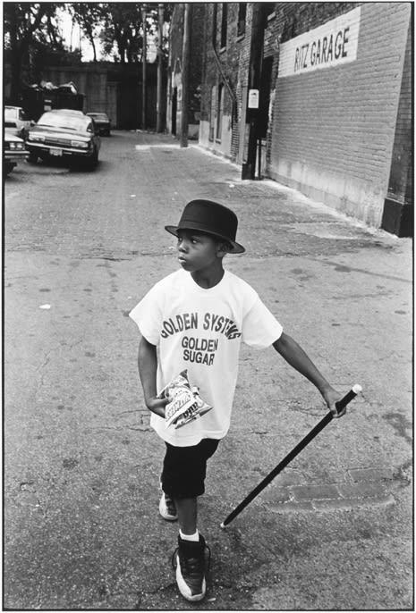 Tom Arndt, Boy in bowler hat, Chicago, 1997