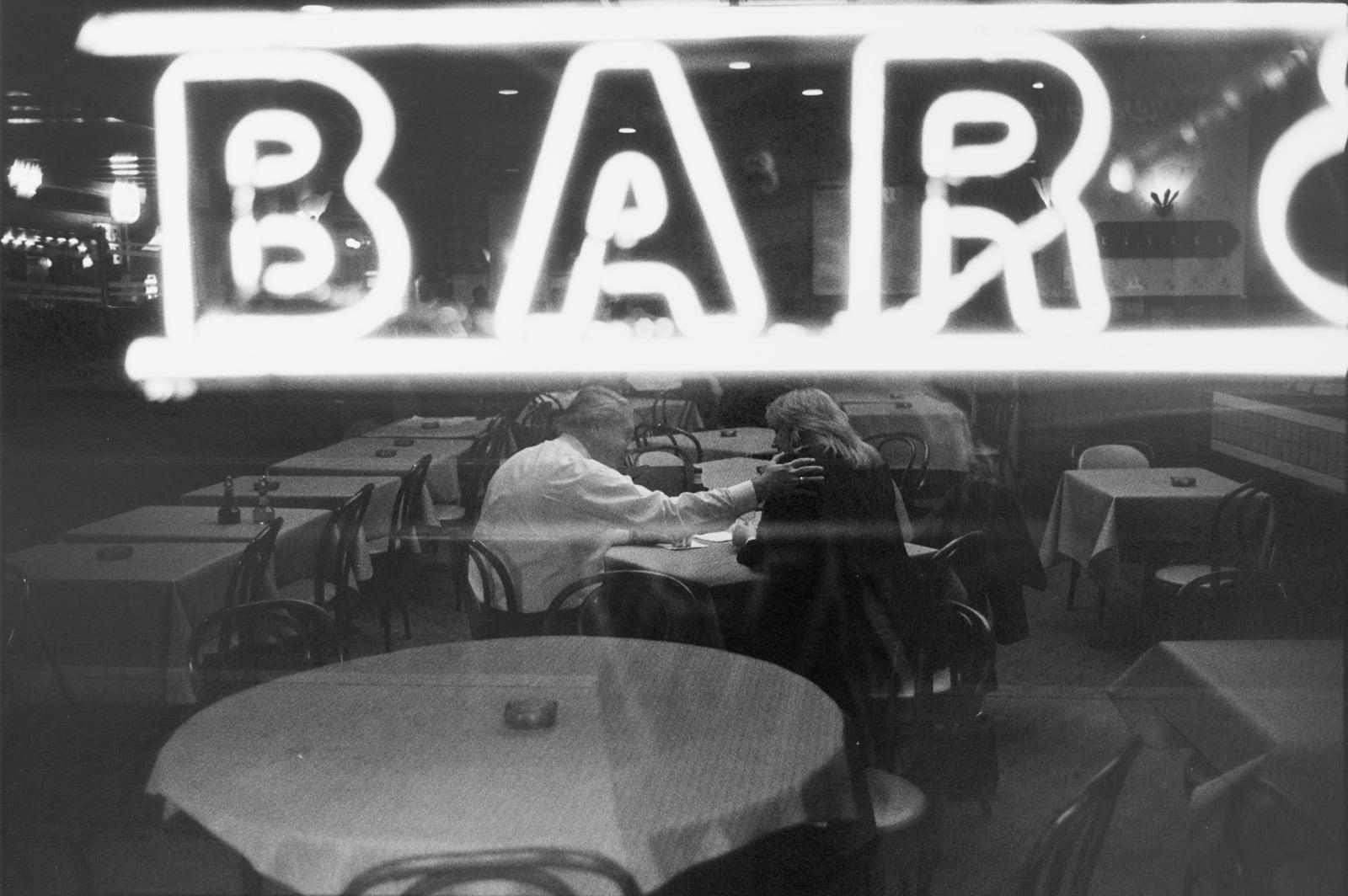 Tom Arndt, Bar scene, Chicago, 1990