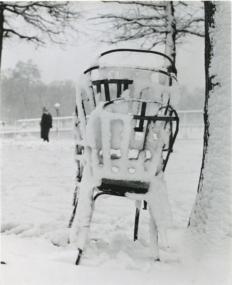 Sabine Weiss, Jardin des Tuileries, 1951