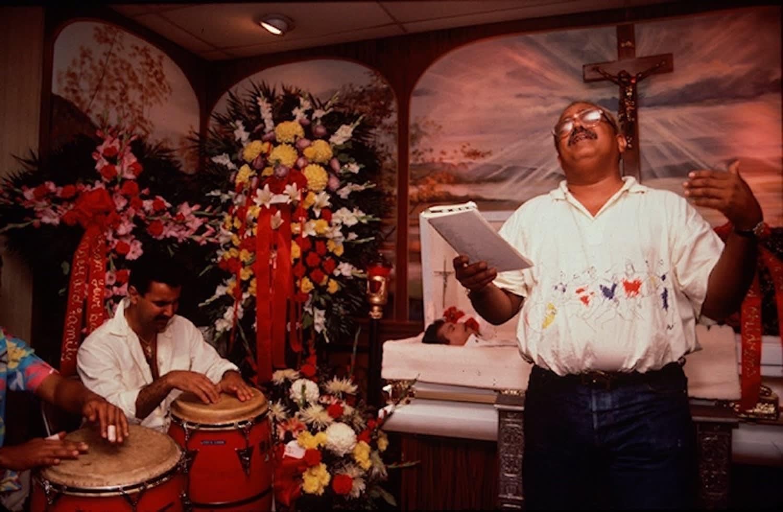 Arlene Gottfried, Miguel Algarin Eulogizes Ritchie Cruz, 1980's