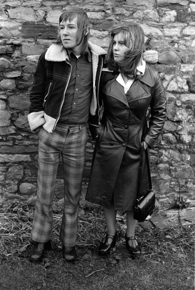Homer Sykes Margaret and Barry Kirkbride. Workington, Cumbria Tirage gélatino-argentique postérieur sur papier Ilford Multigrade Warm Tone 45 x 30,5 cm Dim. papier: 50 x 40 cm