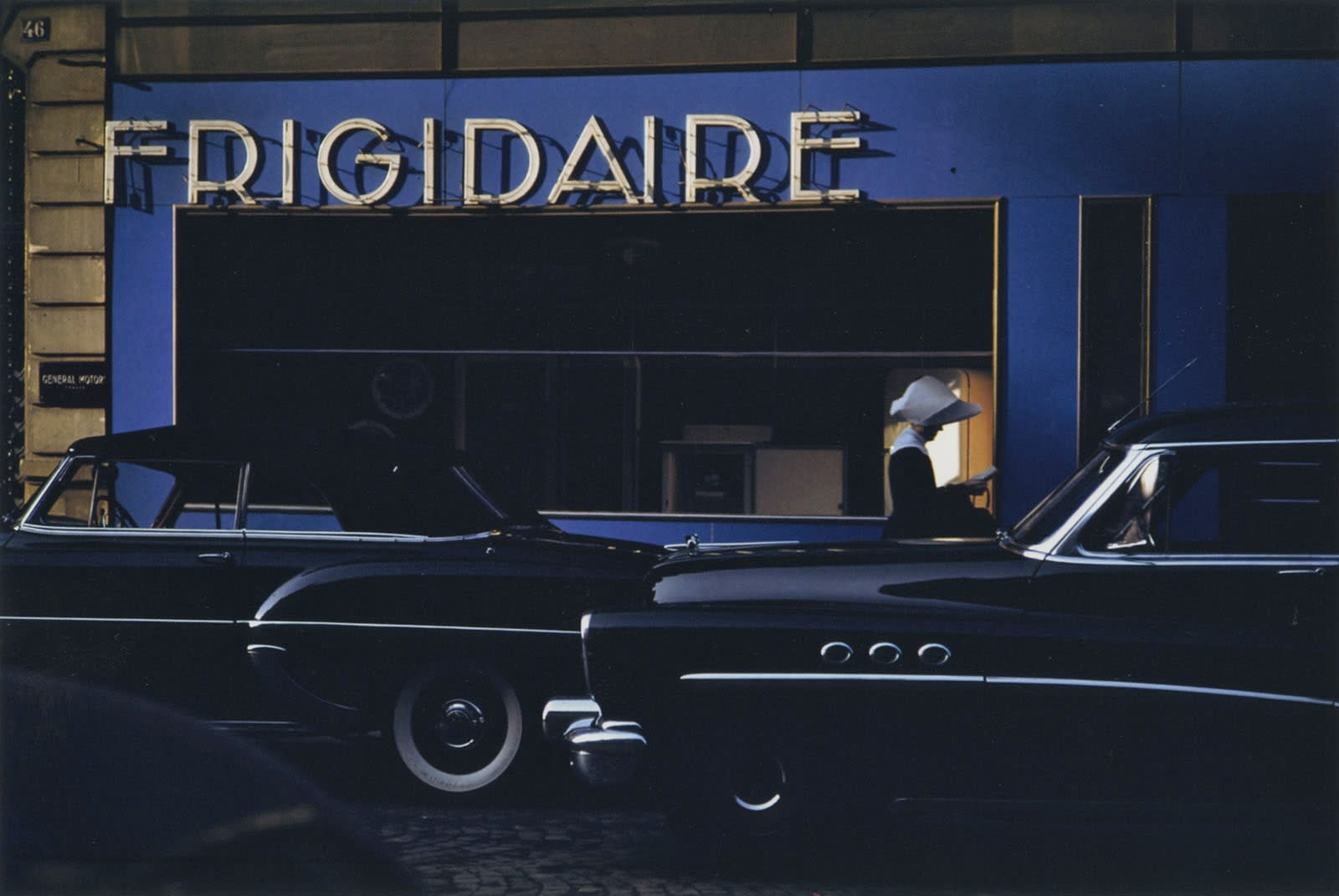 Ernst Haas, Frigidaire, Paris, 1954