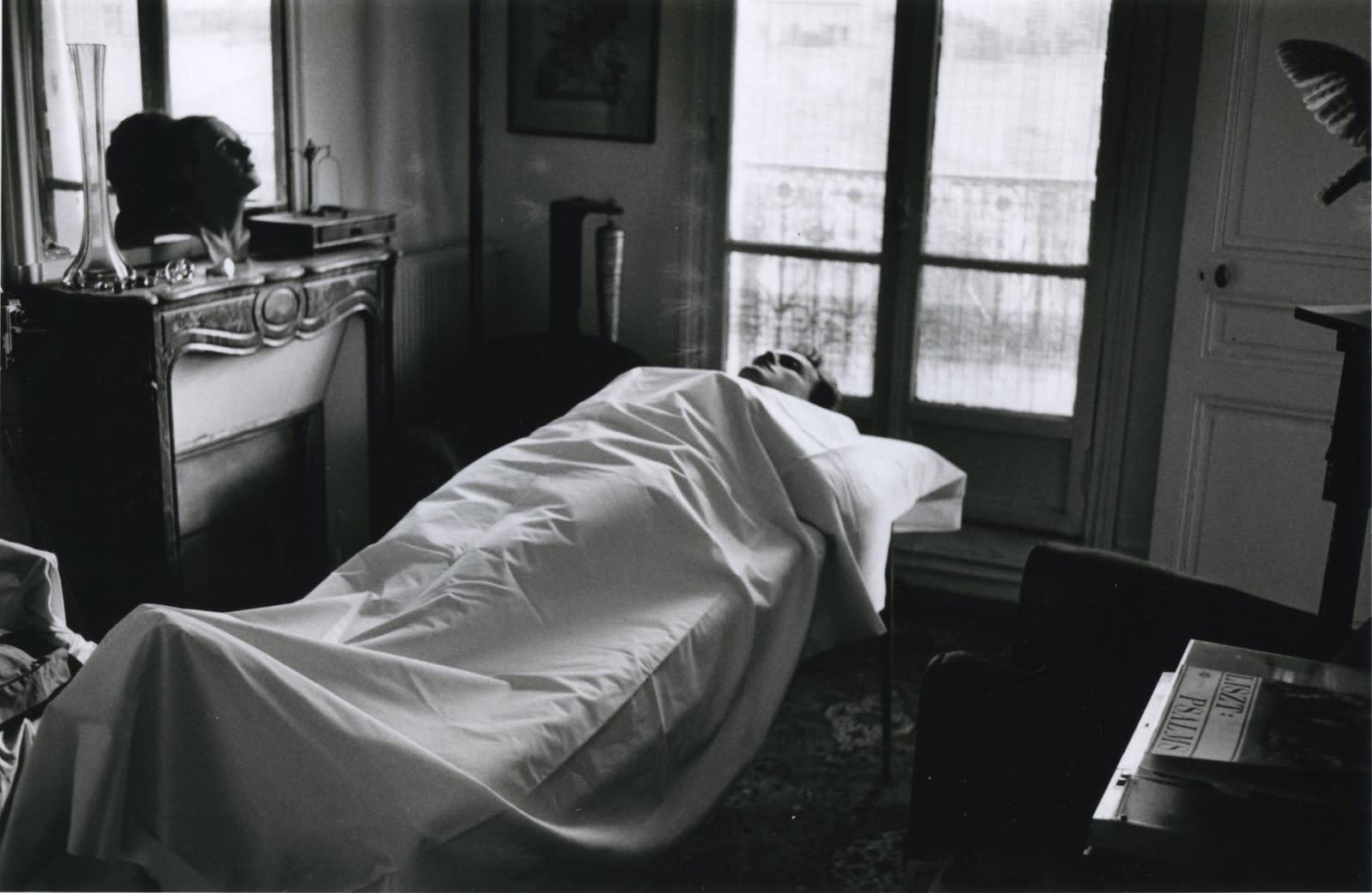 Hervé Guibert, Autoportrait gisant, 1986