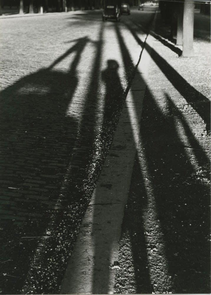 Sabine Weiss Paris Tirage gélatino-argentique postérieur 25 x 35,2 cm Dim. papier: 30 x 40 cm