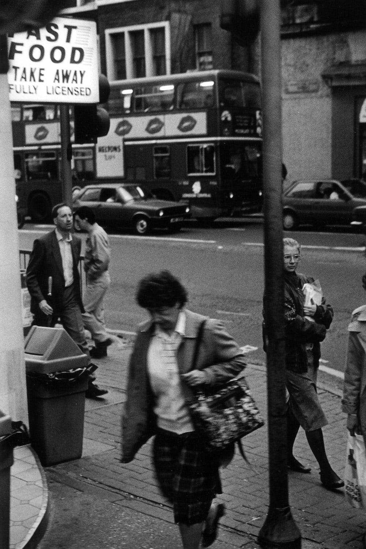 Jean-Christophe Béchet Londres, Angleterre Tirage gélatino-argentique sur papier Kentmere, réalisé par l'artiste 23,5 x 36 cm Dim. papier: 30 x 40 cm