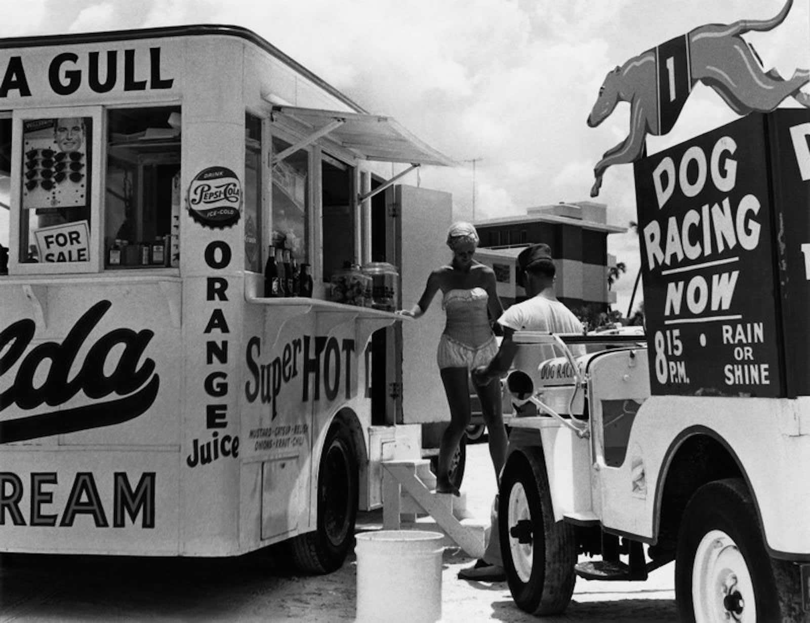 Berenice Abbott, Super Hot Refreshment Stand, Florida, c. 1954