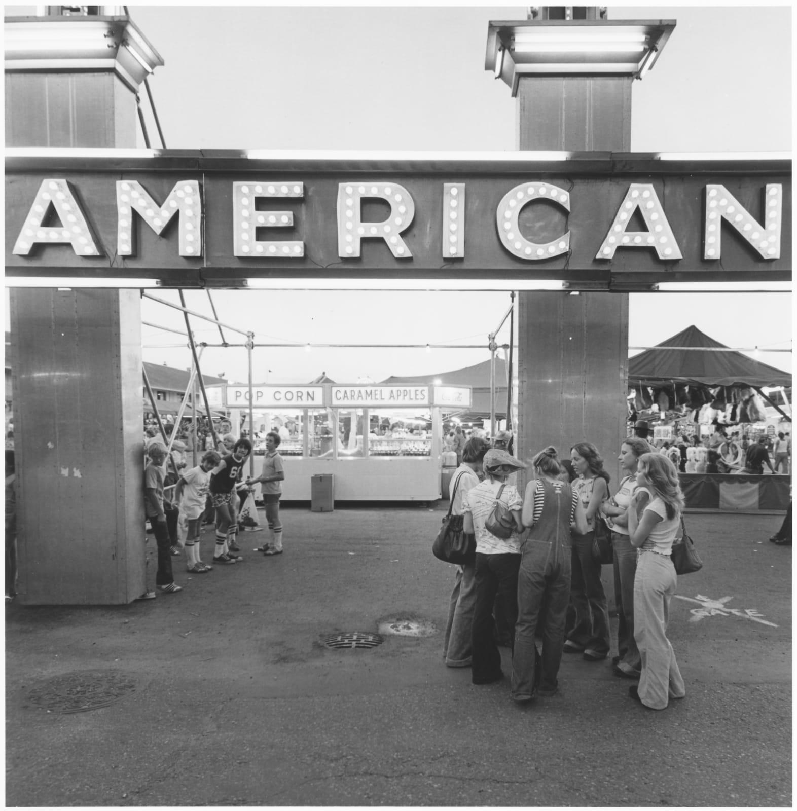 Tom Arndt Minnesota State Fair Tirage gélatino-argentique postérieur, réalisé par l'artiste 23,8 x 23,9 cm Dim. papier: 27,9 x 35,3 cm