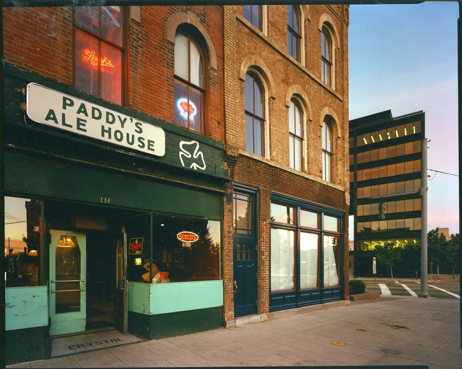 Bruce Wrighton, Paddy's Ale House