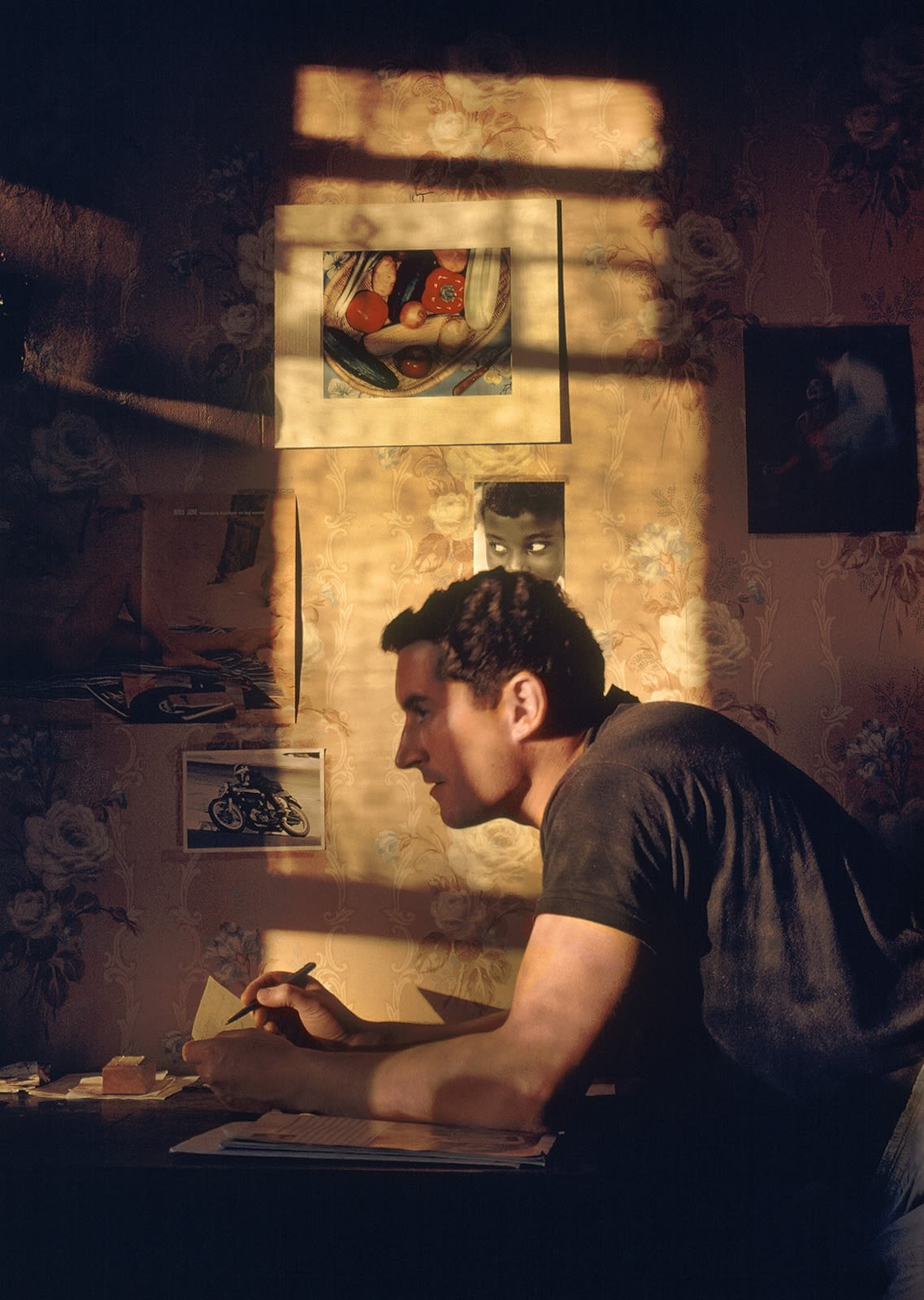 Fred Herzog Self-portrait Tirage pigmentaire sur papier archive 46 x 30,5 cm Dim. papier: 50,5 x 35,5 cm
