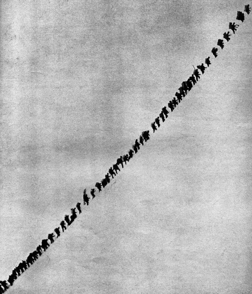 Sébastien Camboulive Contiguïté #2 Tirage pigmentaire sur papier Hahnemühle Fine Art 23 x 30 cm Dim. papier: 23 x 30 cm