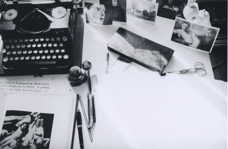 Hervé Guibert, Table de travail 'fantômes', rue du Moulin-Vert, n.d.