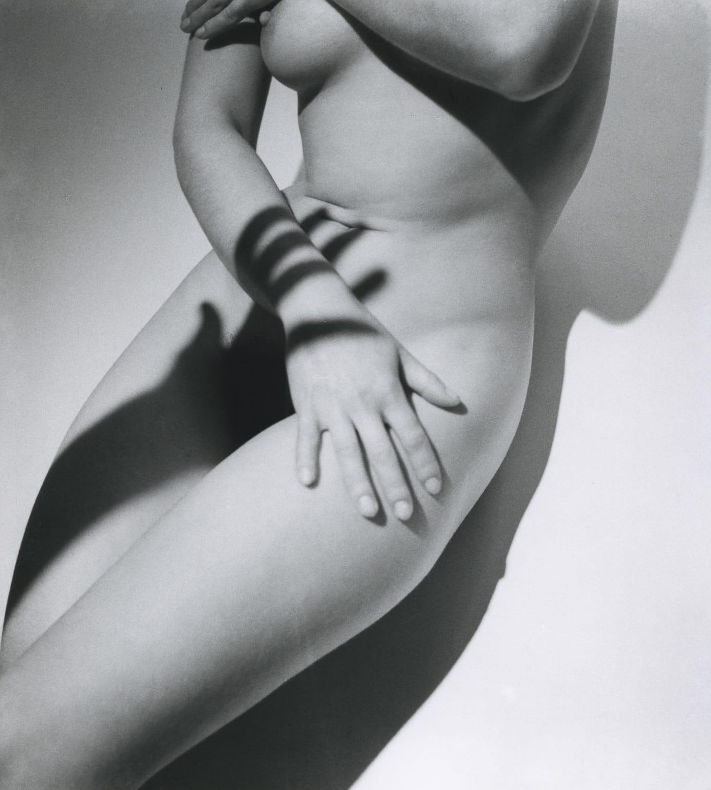 Roger Schall, Sans titre, Assia, c. 1933