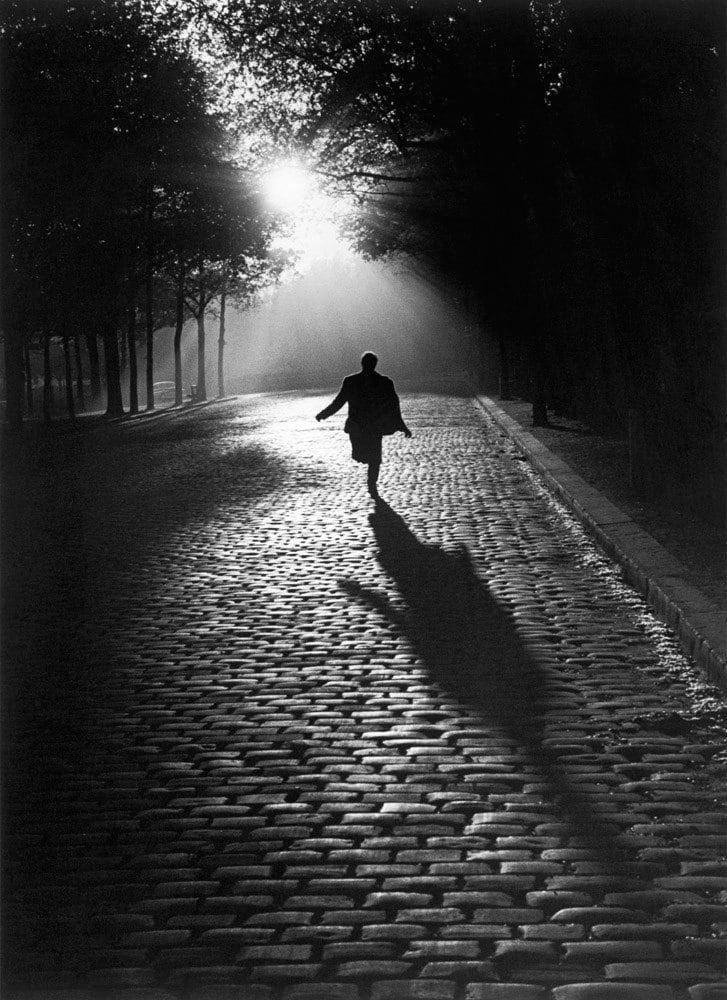 Sabine Weiss, L'homme qui court, 1953