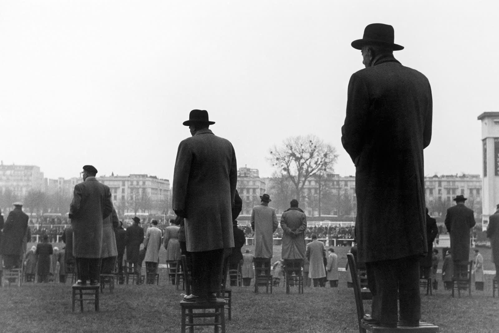 Sabine Weiss, Courses à Auteuil, Paris, 1952