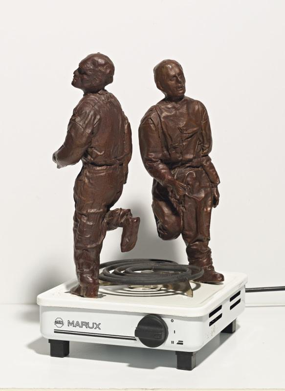 Juan Munoz Marux bronze et plaque électrique 35,5 x 20,5 x 24 cm