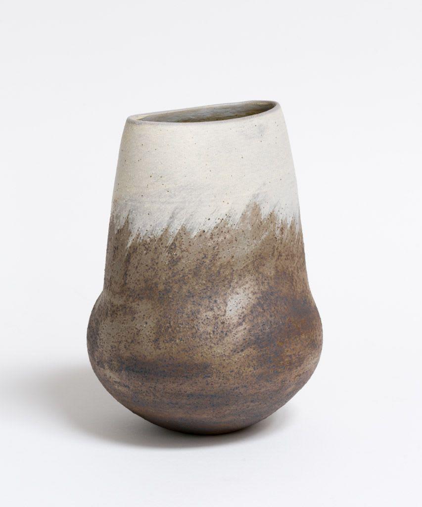 Wayne Ngan, White and Grey Vase, 2016