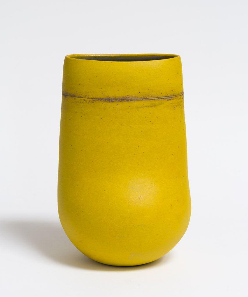 Wayne Ngan, Yellow Vase with Line, 2016