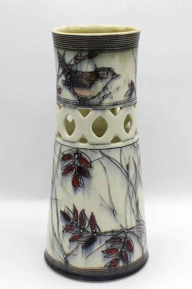 Dawn Candy, Wren Vase, 2020