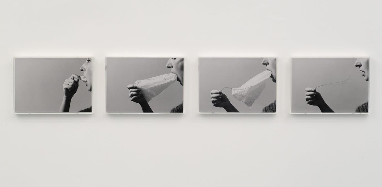 Helena ALMEIDA, Le secret, 1976