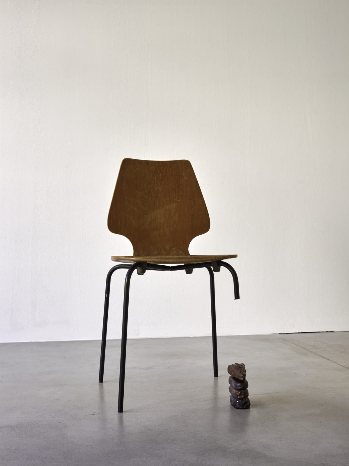 He Xiangyu 4 Ice Creams Plywood, metal, glass-fiber reinforced plastic, acrylic Chair: 82 x 42 x 42 in (208.3 x 106.7 x 106.7 cm); Ice creams: 12 x 6 x 15 in (30.5 x 15.2 x 38.1 cm)