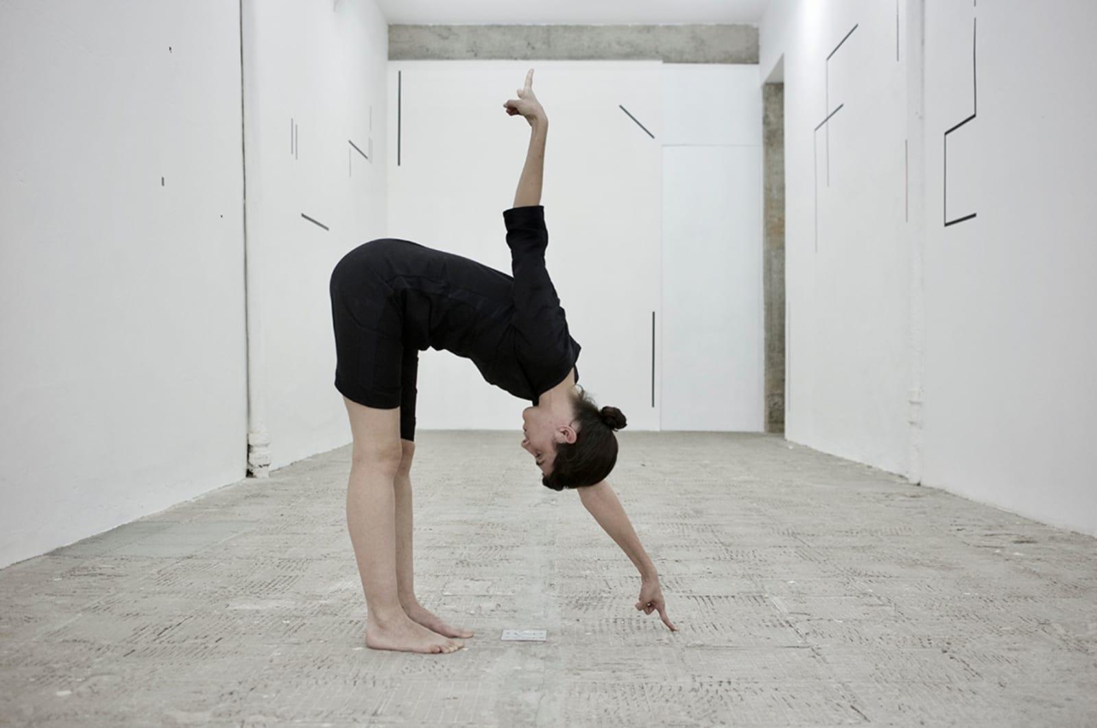 Maria Noujaim, Semicolon, 2018 performed at Galeria Jaqueline Martins, São Paulo, 2018