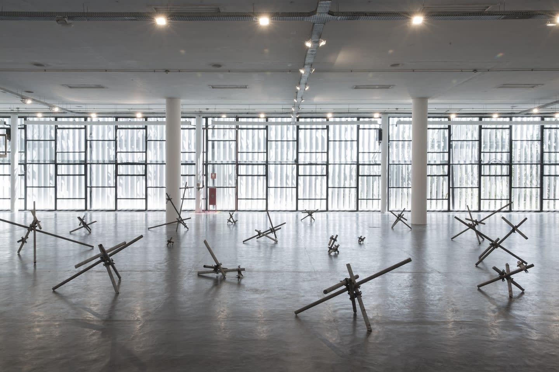 estrutura espacial indissociável, on view at SP Arte, São Paulo, 2016