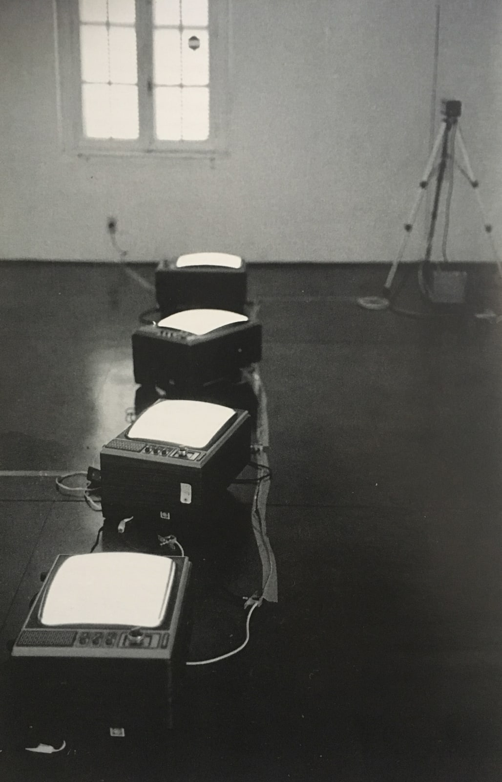 Third Commentary, 1981 On view at Espaço NO, Porto Alegre, Brazil, 1981