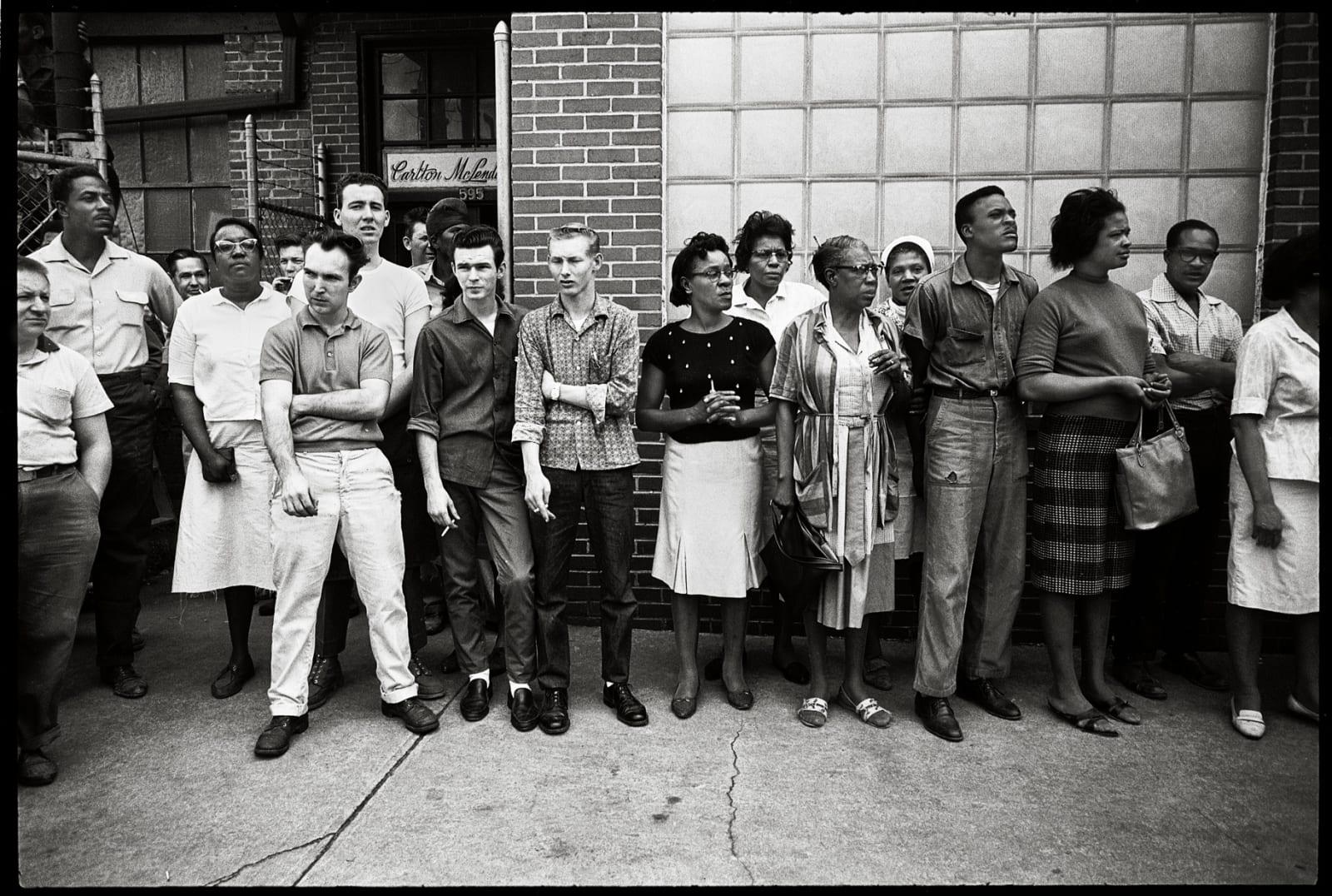 Steve Schapiro Montgomery Onlookers, 1965