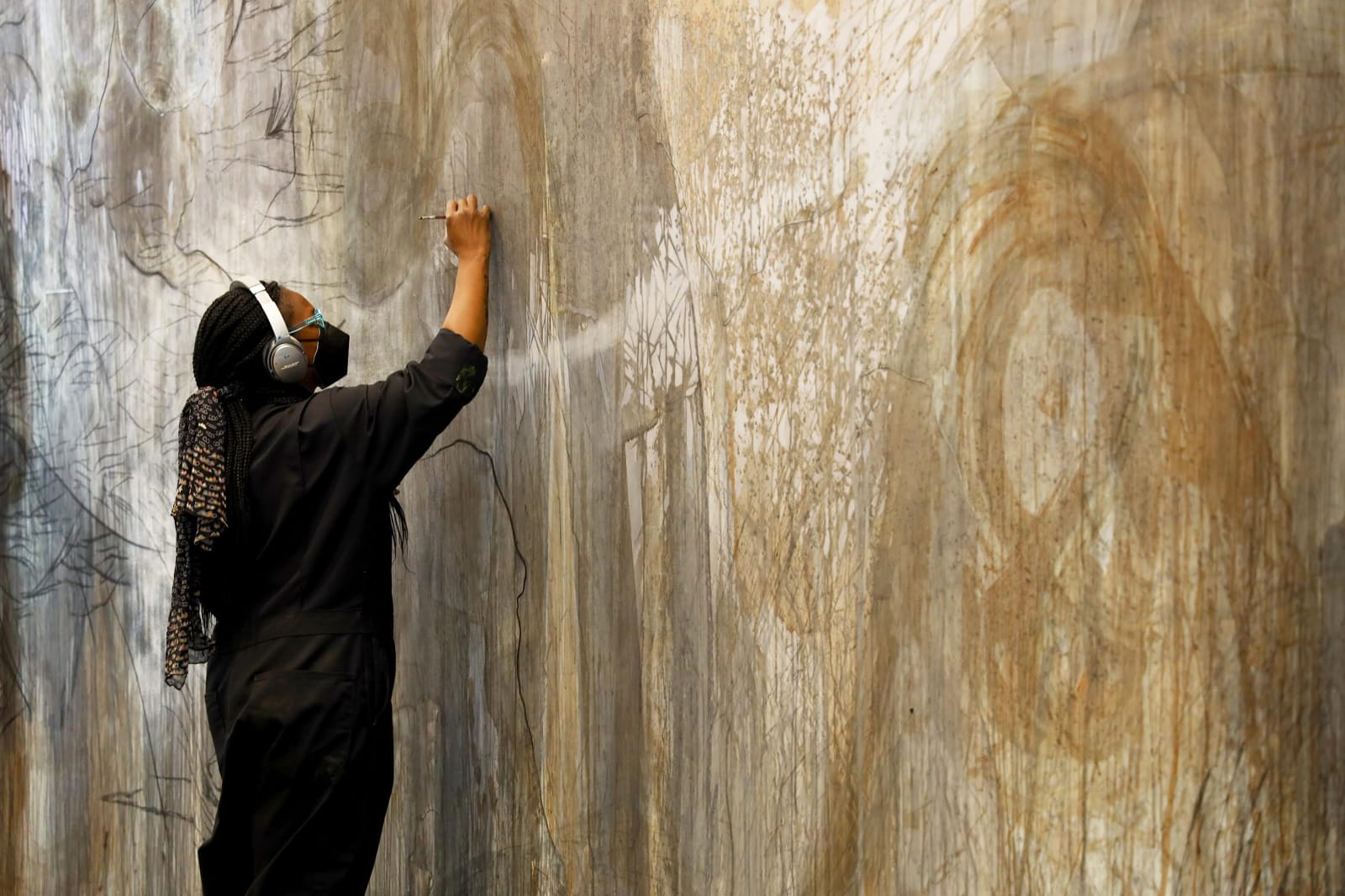 01 October 2021 Marcia Kure's Wall Drawing exhibition opens at the Menil Drawing Institute, Houston. On view through August 2022. Read more