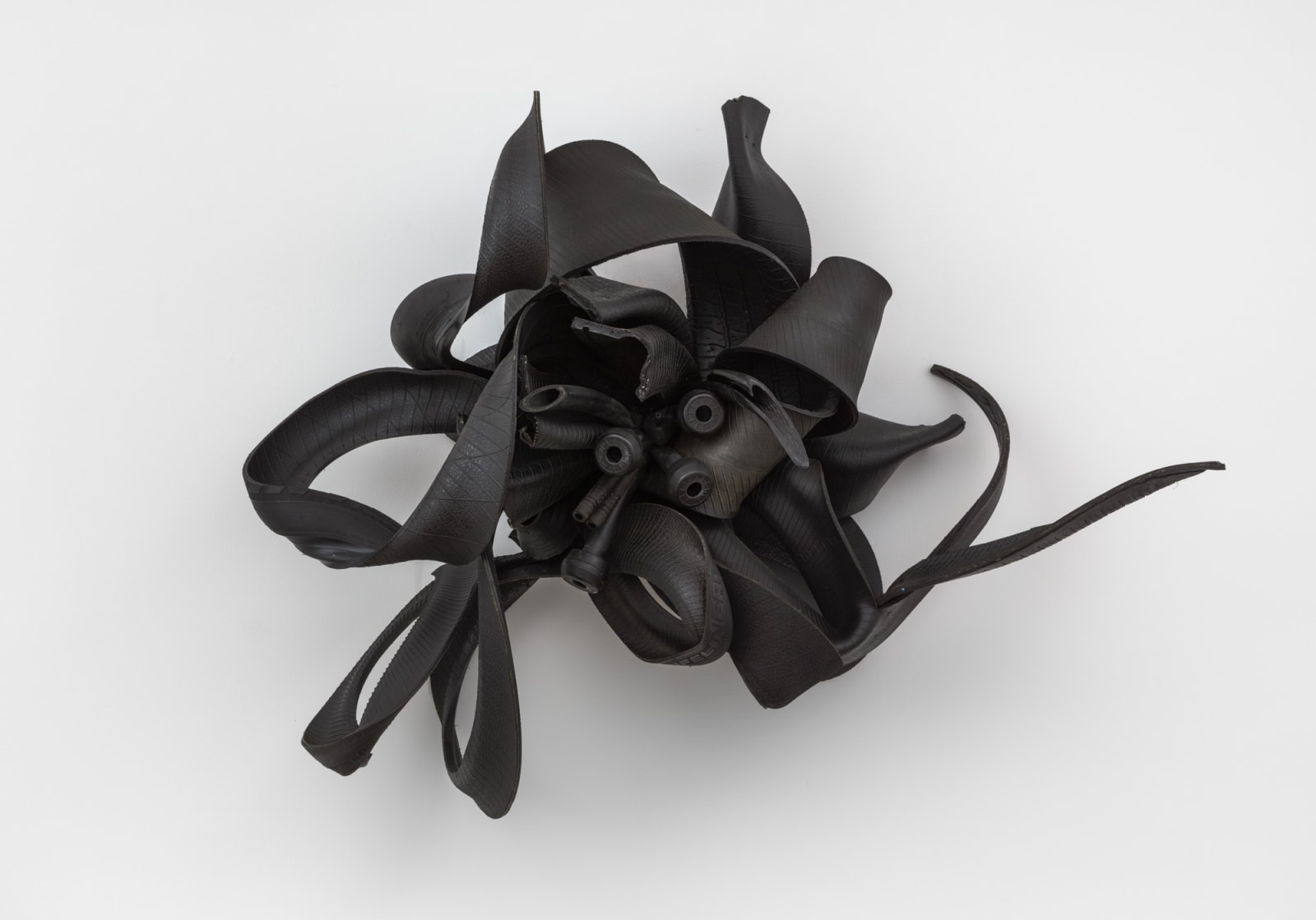 Chakaia Booker (b. 1953) Sheltered Thoughts, 2007 rubber tires and wood 32 x 36 x 17 in 81.3 x 91.4 x 43.2 cm (CHB7788)