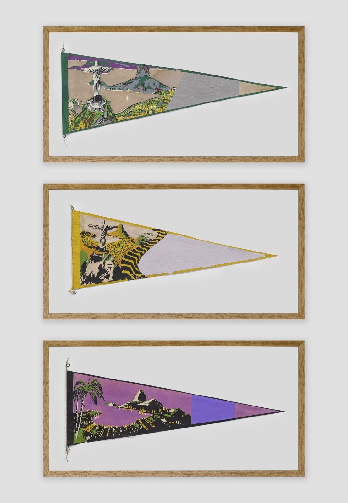 BRUNO FARIA Lembranças de Paisagem I Rio de Janeiro, 2020 Pintura e serigrafia sobre tecido, Tríptico 102 x 61,5 cm