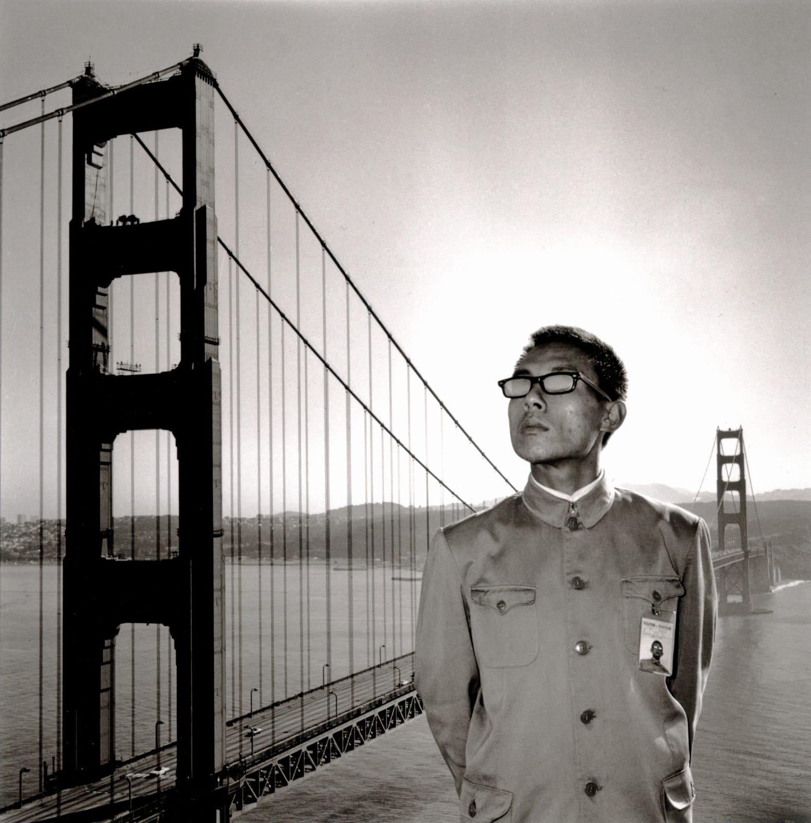 Tseng Kwong Chi (1950 - 1990), San Francisco, California (Golden Gate Bridge), 1979
