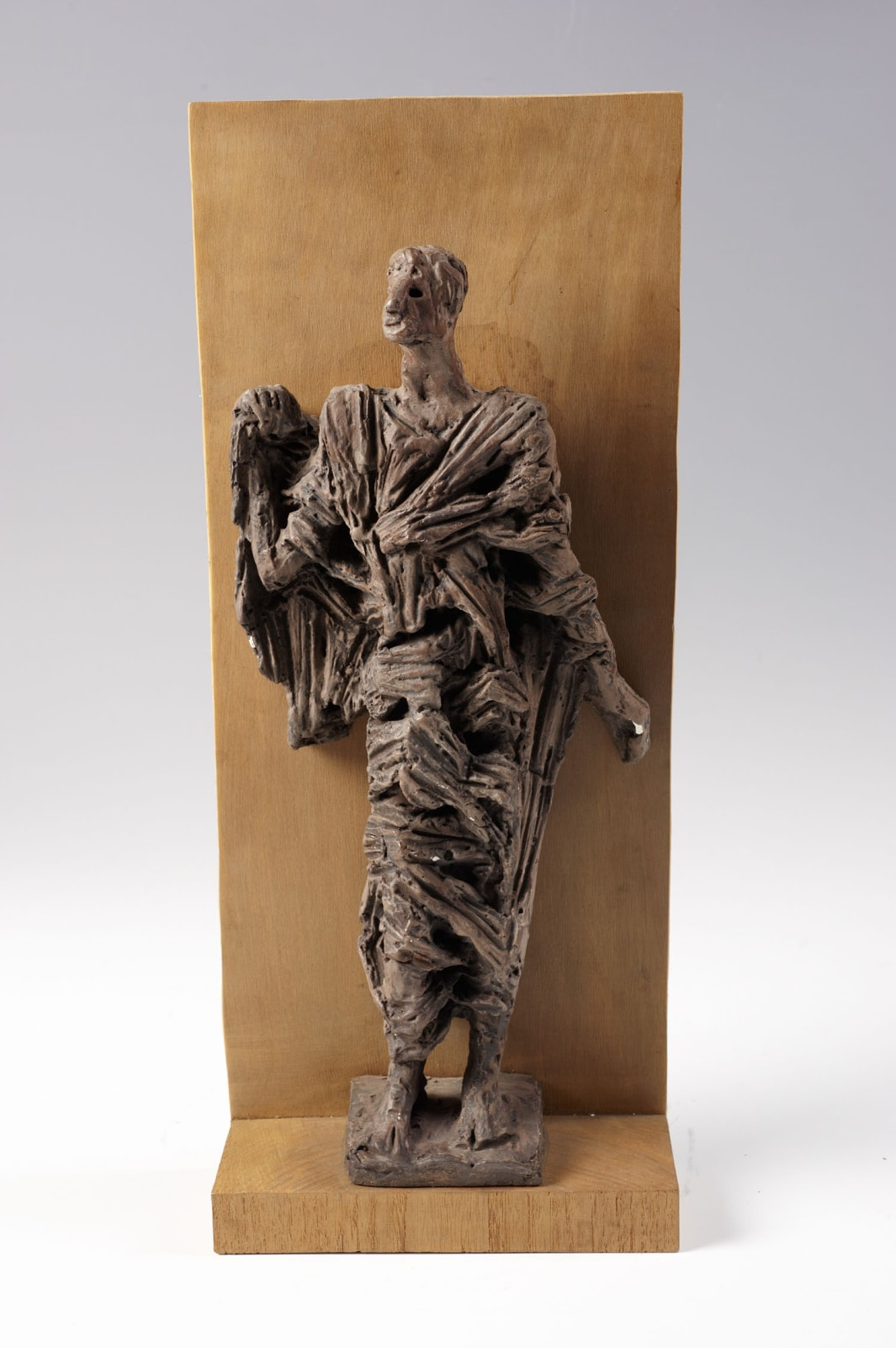 Fred Kormis (1897-1986) Prophet c.1949 Plaster 46.2 x 19.1 x 8 cm Ben Uri Collection © Fred Kormis estate To see and discover more about this artist click here