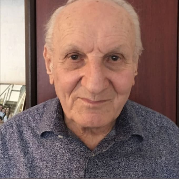 Kindertransport Chronicles I hARRY hEBER Listen to an interview with Harry Heber as he discusses his memories of the Anschluss, fleeing Austria on the Kindertransport and settling in the UK. Listen