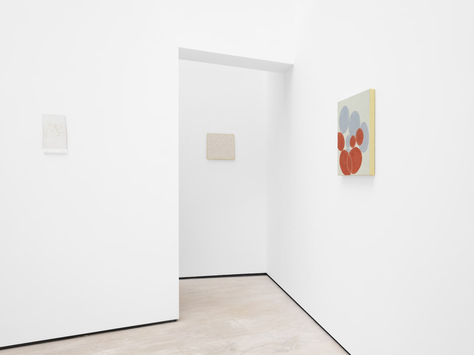 Installation view Alejandro Corujeira : Respiración. Cecilia Brunson Projects, London. 19 October - 13 November 2020. Photography by Eva Herzog