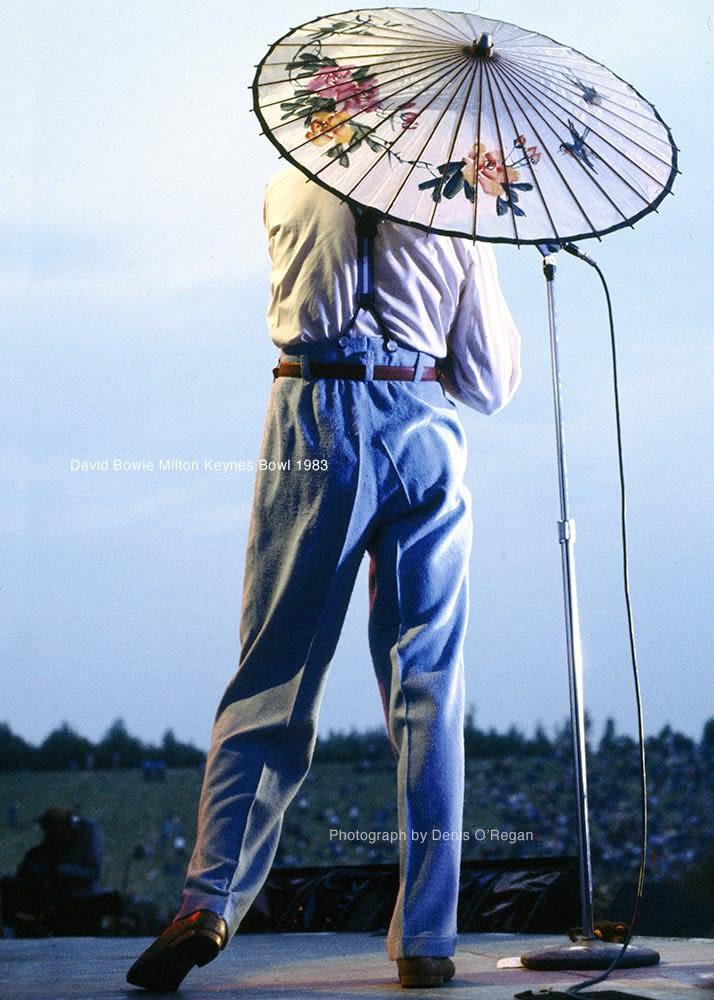 DAVID BOWIE, David Bowie Parasol, 1983