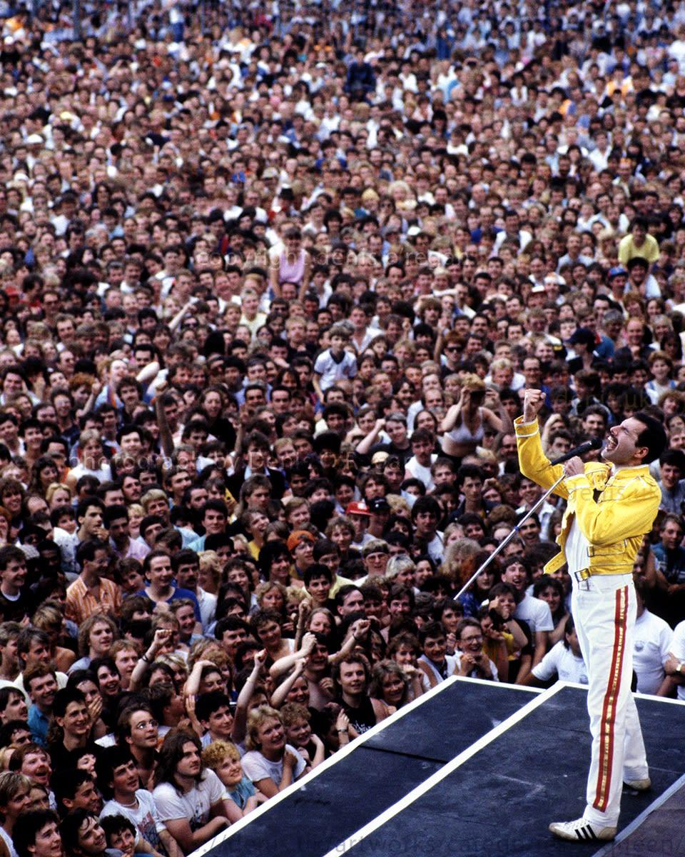 QUEEN, Freddie Maine Road Manchester, 1986