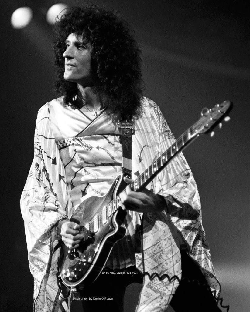 QUEEN, Brian May live, 1977