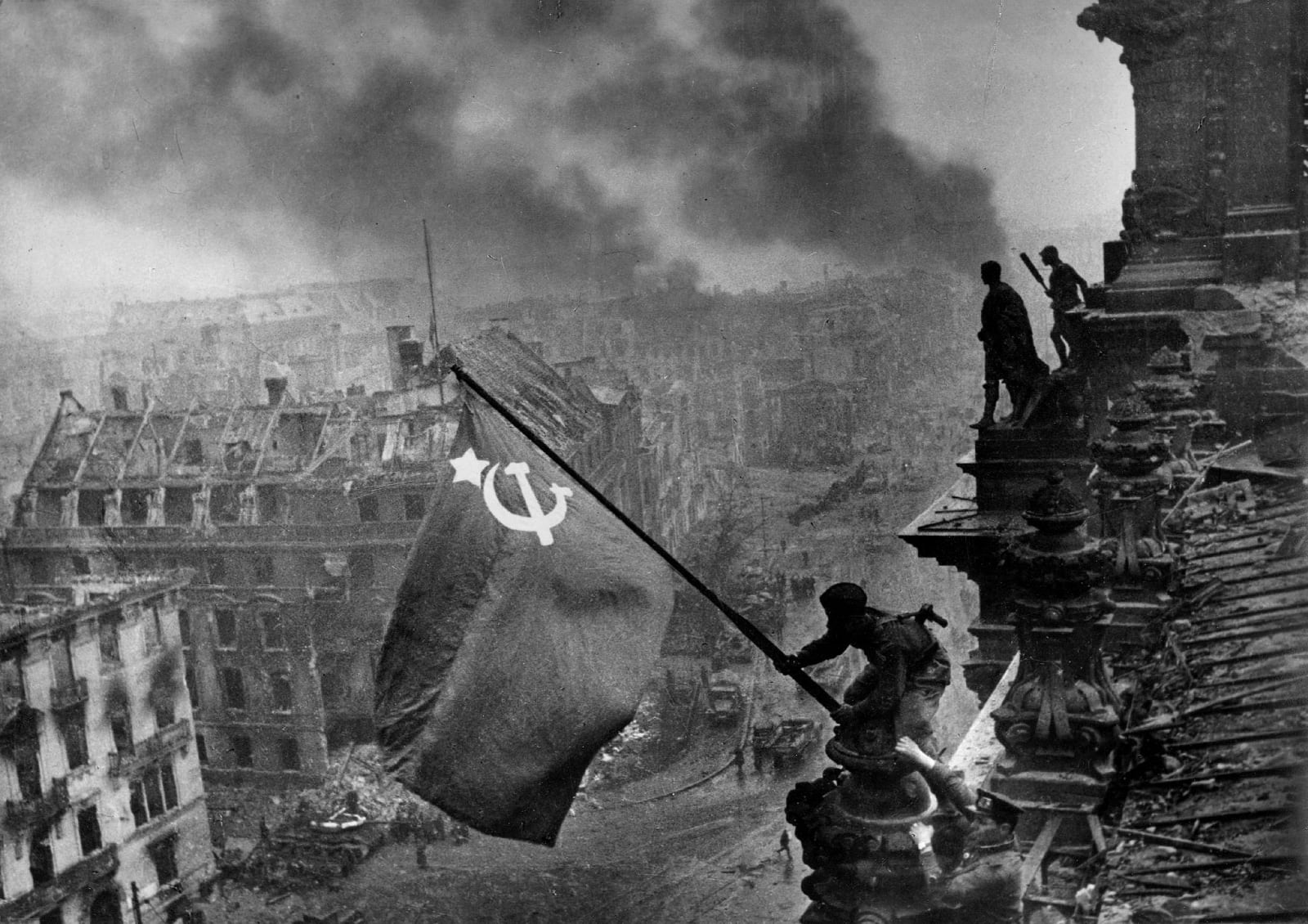 Yevgeny Khaldei - Soviet Flag Over the Reichstag, 1945