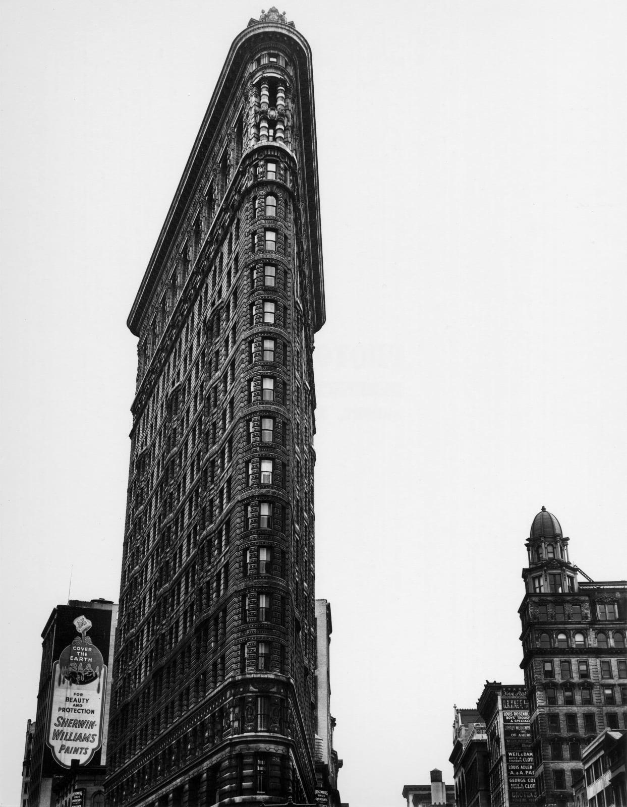 Berenice Abbott - Flatiron Building, 1938