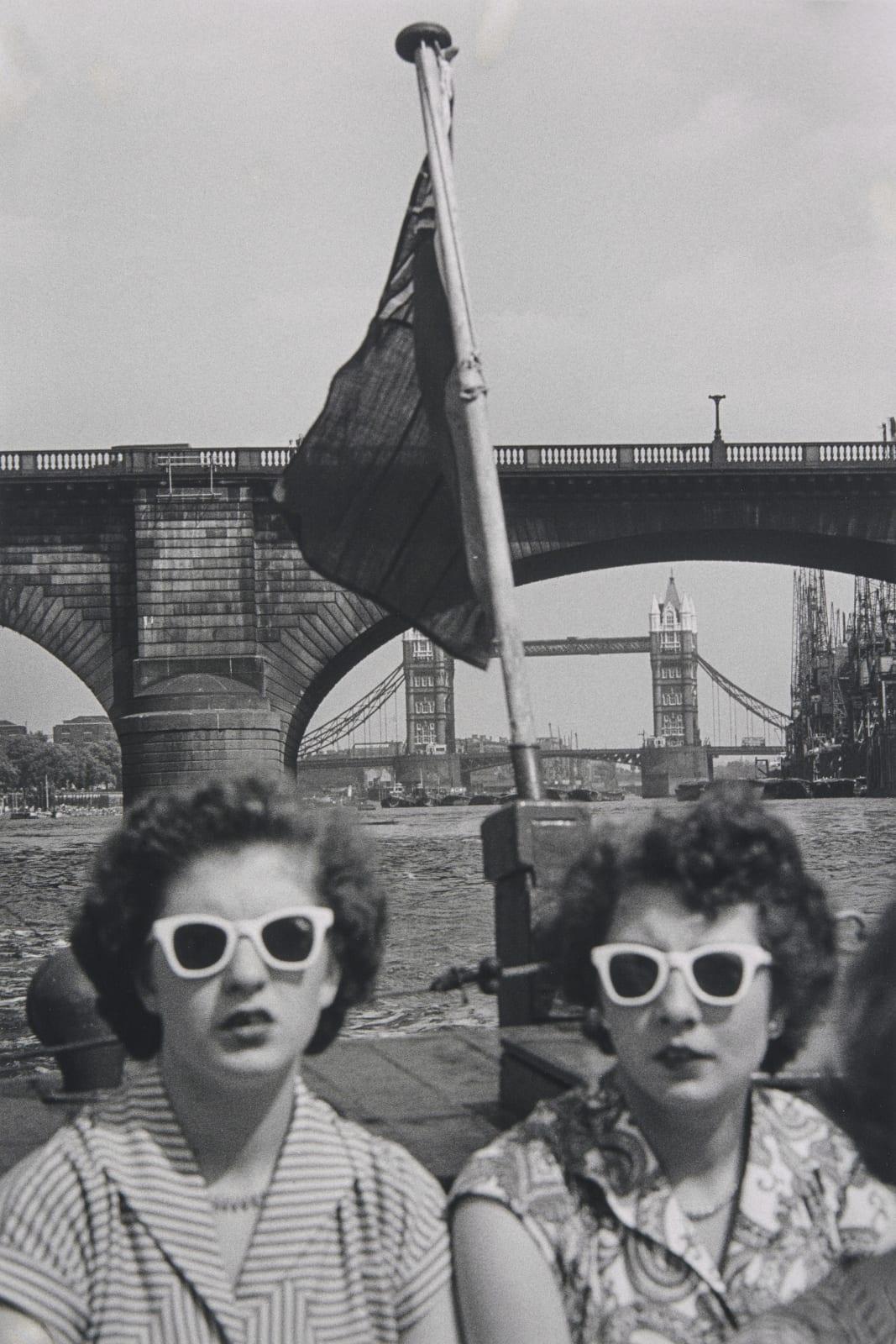 Ernst Haas - London, 1951